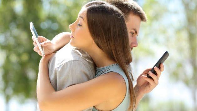 COLOMBO: 10 consejos para reducir la adicción al móvil - Emprendedores News