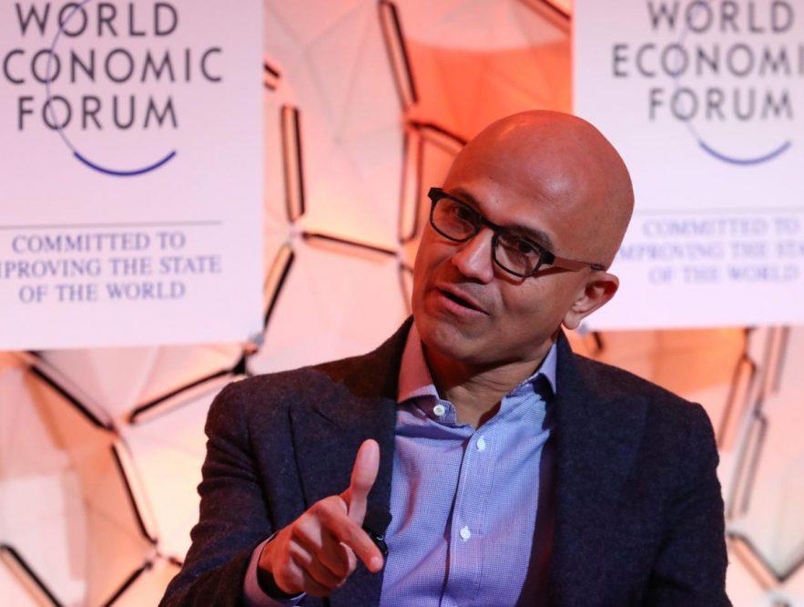 Satya Nadella recomendó tres libros para los hombres de negocios en Davos