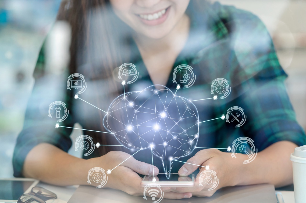 Globant invierte en ELSA, una startup de IA